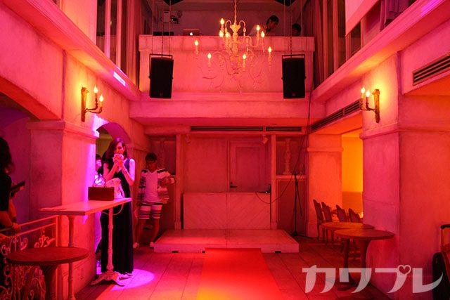 view創刊記念パーティ開場の西麻布ラウル
