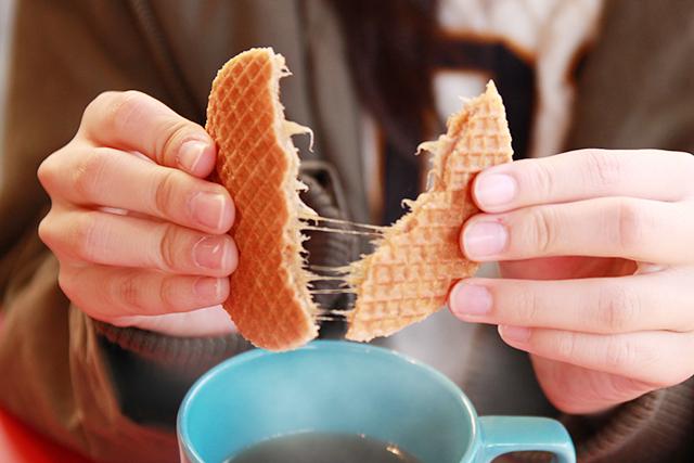 人気のおうちカフェ気分♡とろける「キャラメルワッフル」でほっこりティータイム