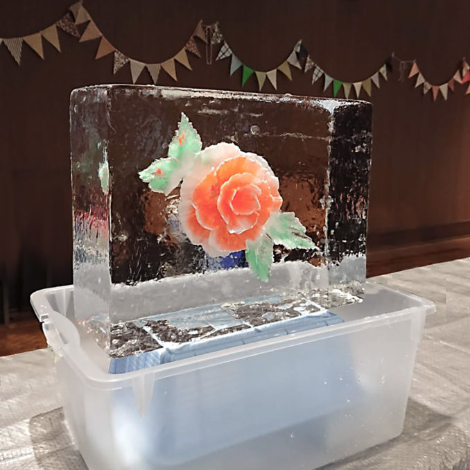 氷の彫刻アイスフラワー